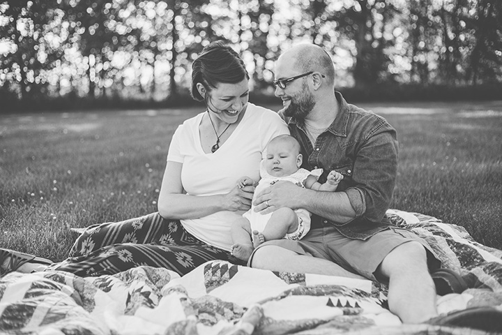 black and white family natural light